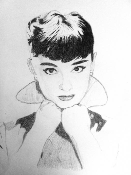 Audrey Hepburn by manonw08